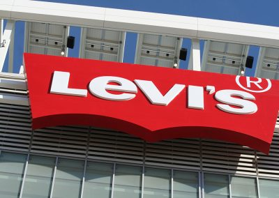 levi-stadium-nasco-sign